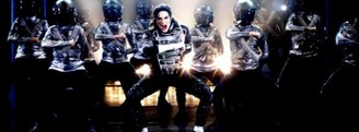 "Vuelve ""Forever King of pop"""