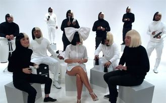 Sia publica 'This is acting'